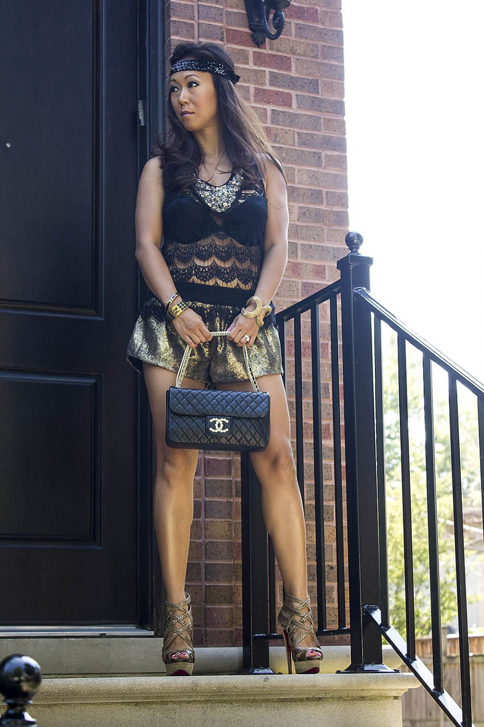 janet mandell of fashionaholic wearing blue